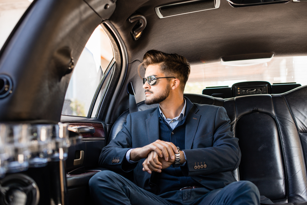 5 Tips to Book Corporate Limo Service